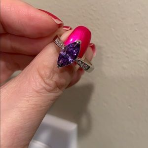 Jewelry - Cute purple custom ring